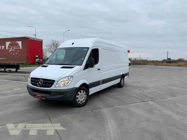 ID 1570 Mercedes-Benz Sprinter 313 CDI