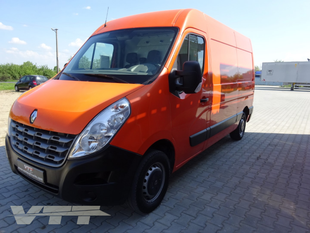 ID 243 Renault Master